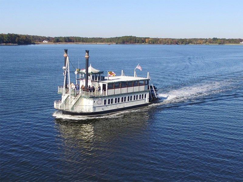 Riverboat from Suicide Bridge Restaurant