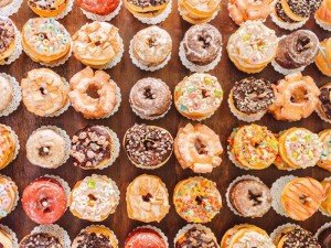Bay Country Bakery - Donuts_800x600