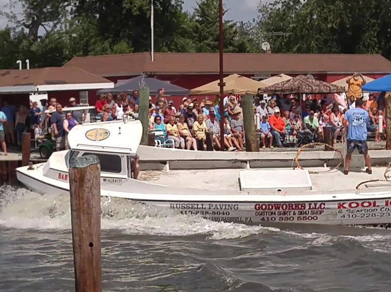 Boat Docking Contest - Courtesy Dorchester Chamber of Commerce