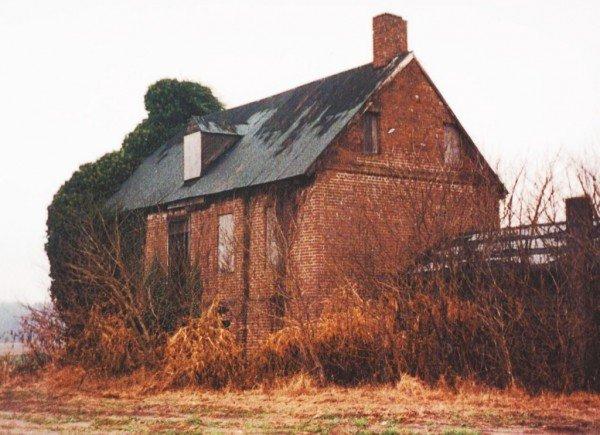 Webb House in 2000