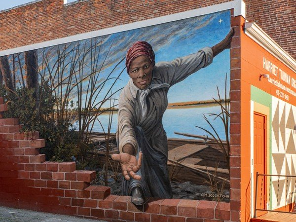 Harriet Tubman Mural by Michael Rosato in Cambridge, MD