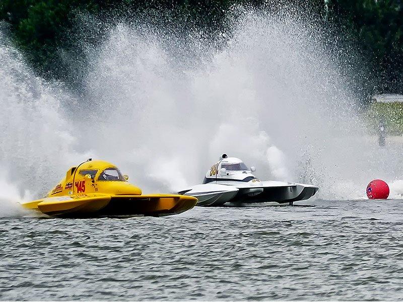 Powerboat races; photo by Skip Vanderslice