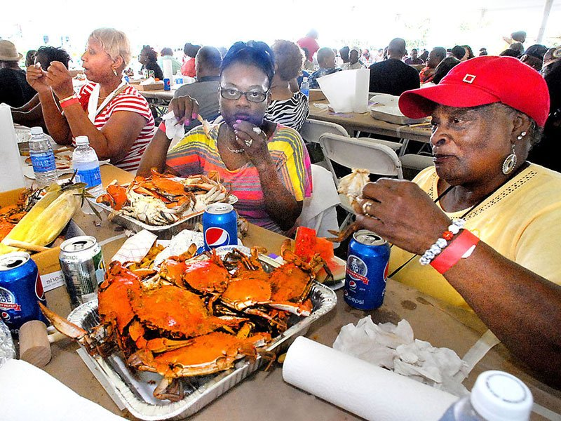 Seafood Feast-I-Val, seafood festival in Cambridge, MD, photo by Chris Polk