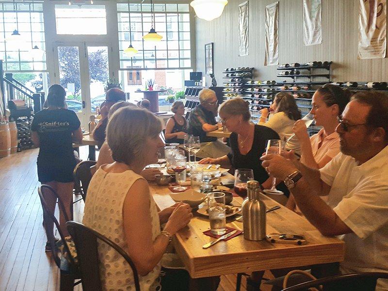 Snifters Beer & Wine Bistro in Cambridge, Maryland