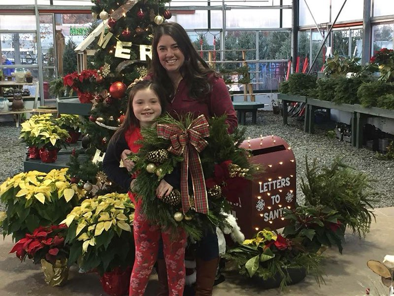 Mowbray's Garden Center - Wreath Making